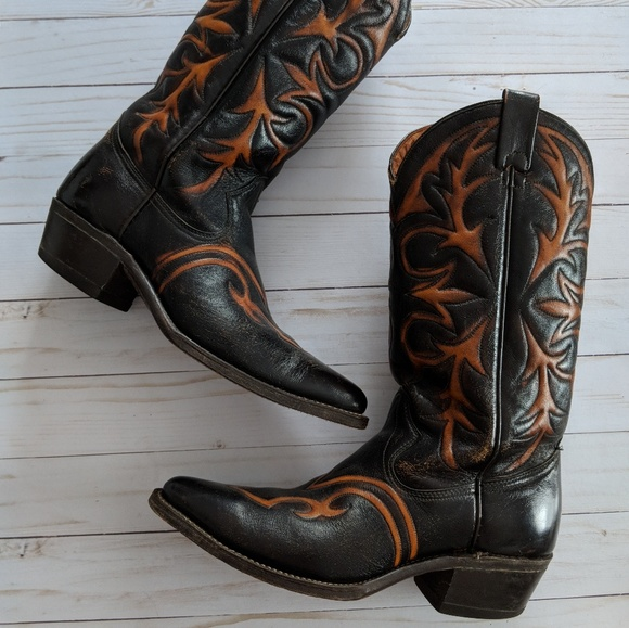 75f5e91e949 Vintage Texas Tooled Black And Brown Cowboy Boots